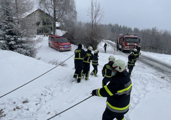 LKW Bergung am Rabenwald